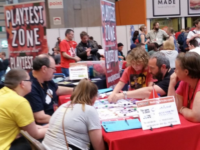 Playtesting Catchaplane at the UK Games Expo 2017